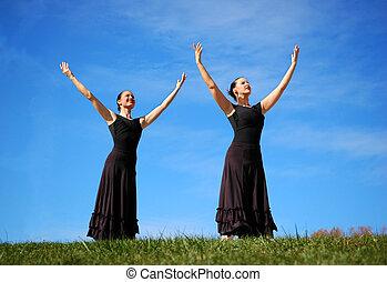 Ballerinas Performing