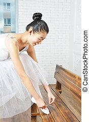 Ballet actress rehearsing