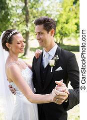 ballo, mani, mentre, sposa, presa a terra, sposo