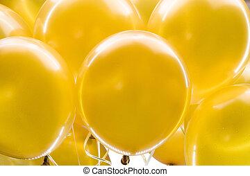 ballons, doré
