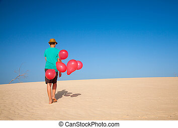 balloons in the dunes