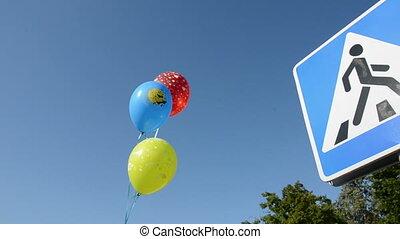 balloons on the street passage