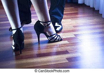 balzaal dans, latijn, dansers