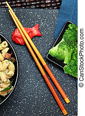 bambú, palillos, y, pez koi, tenedor