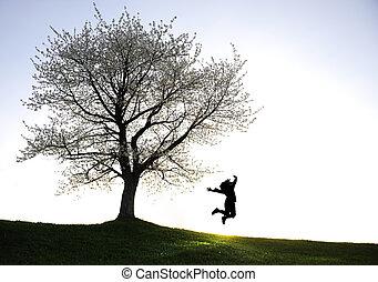 bambini giocando, in, tramonto, silhouette, libertà, e, felicità