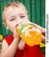 bambino, bere, malsano, imbottigliato, soda