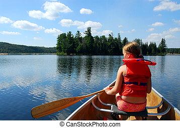 bambino, in, canoa