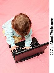 bambino, laptop