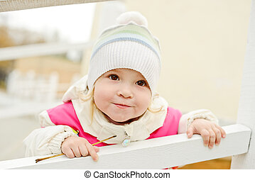 bambino primi passi, passeggiata