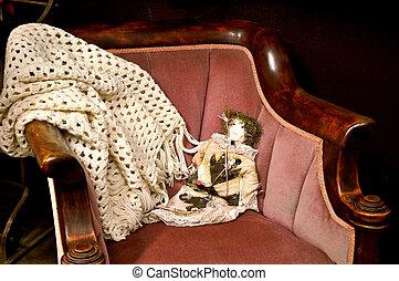 bambola, su, anticaglia, sedia