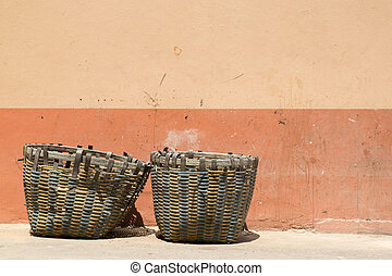 Bamboo trash basket