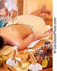 bambou, massage.