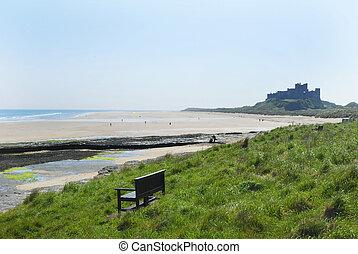 bamburgh, praia, castelo