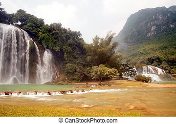 Ban Gioc and Datian waterfall . - Ban Gioc waterfall in...