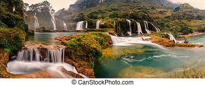 Ban Gioc waterfall - Ban gioc waterfall is located in the...