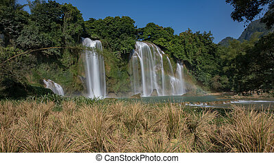 Ban Gioc/Detian waterfall