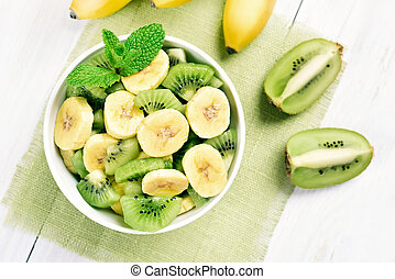 Banana and kiwi salad