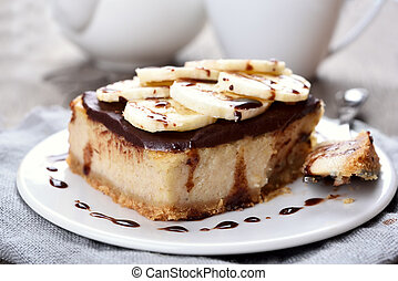 Banana cheese cake - Cheese cake with chocolate syrup and...