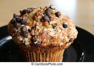 Banana chocolate muffin - Banana and chocolate chip muffin...