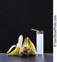 Banana milkshake.