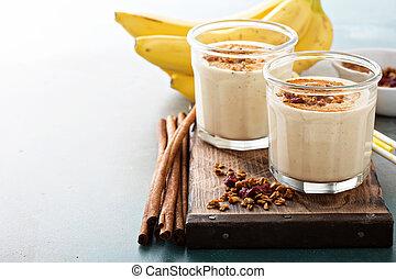 Banana smoothie in mason jars