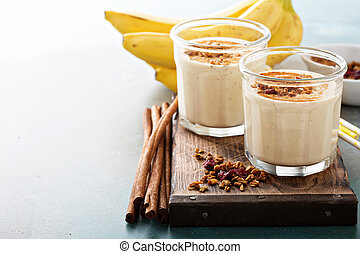 banane, smoothie, dans, fioles maçon