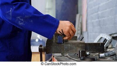 banc, utilisation, étaux, mécanicien, 4k, garage
