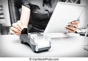 banco, terminal, y, computadora personal tableta