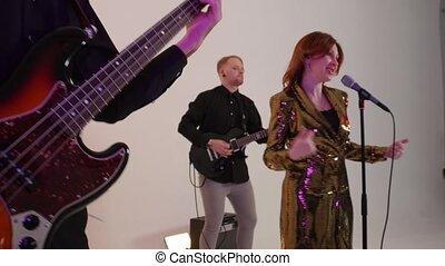 banda, kostiumy, interpretacja, śpiew, ludzie, rusztowanie, ...