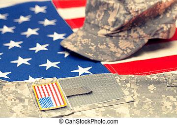 bandeira eua, com, militar eua, uniforme, sobre, aquilo, -, tiro estúdio