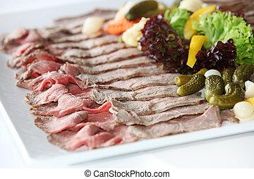 bandeja, de, frío, carnes, en, un, buffet, tabla