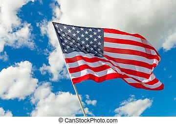 bandera de los e.e.u.u, y, cúmulos, atrás, él