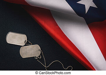 bandera estadounidense, y, soldados, etiquetas, en, de madera, background.veterans, día, concept.