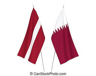 banderas, letonia, qatar