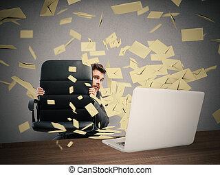 bang, door, teveel, email