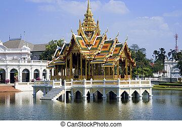 Bang Pa-In Pavilion - Bang Pa-In Aisawan Thipya-Art (Divine...
