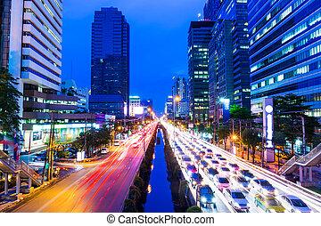 bangkok , πελτέs , κυκλοφορία