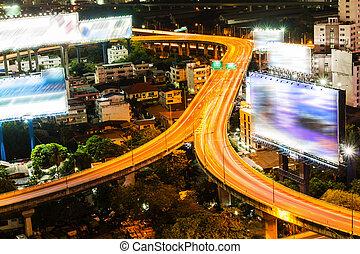 bangkok, cidade, principal, tráfego, noturna