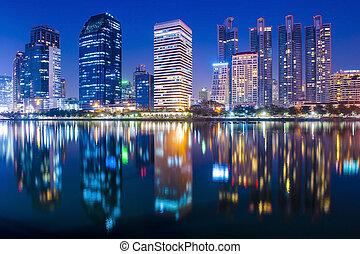 bangkok, noche, ciudad, céntrico