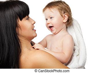 banhar-se, toalha, dela, após, mãe, bebê, branca