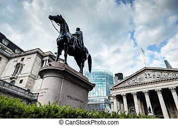 Bank of England, the Royal Exchange in London,, the Wellington statue