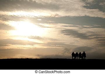 bankje, mensen, groep, ondergaande zon , zittende