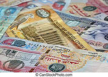 banknotes of UAE