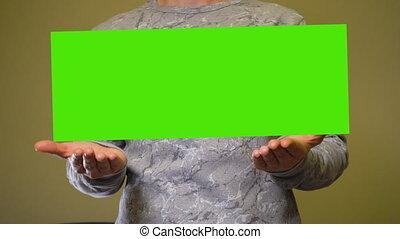 bannière, mains, vide, sur, chromakey, vert, écran, homme, ...