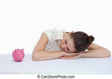 banque, elle, bureau, porcin, penchant, regarder, femme affaires