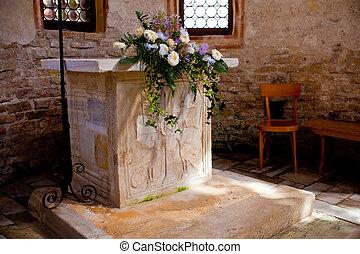 baptistère, autel, grado