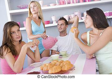 baráti társaság, élvez, szexi, reggeli