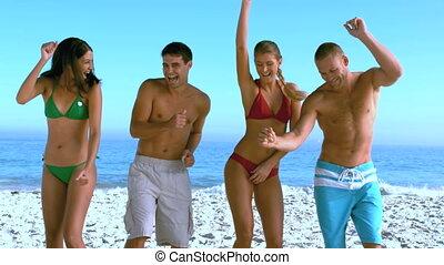 barátok, csoport, tánc, tengerpart