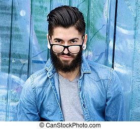 barba, óculos, homem jovem