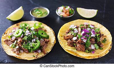 barbacoa, mexicano, dois, tacos, carnitas, autêntico